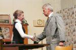 Helene und Erich begegnen sich nach Jahren wieder. © OVTP / gp