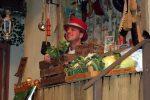 Der Ratsch in der Gemüseauslage ist begeistert. © OVTP / rh