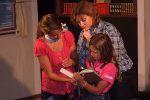 Mo und Meggy kämpfen gegen das Böse, das sie durch ihre Begabung selbst aus einem Buch in die Wirklichkeit gelesen haben © OVTP / gp, da