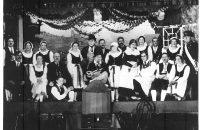 Ein Gruppenbild etwa aus den 30er Jahren. © StaP