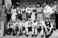 """Die """"Penzberger Zithergemeinschaft"""" unter der Leitung von Ludwig Wriesnik, Bild aus dem Jahre 1944 © OVTP"""